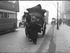 London life 1930 YouTube Vintage London, Old London, London Street, London Life, Old Pictures, Old Photos, Hms Pinafore, Golden Days, Pretty Photos