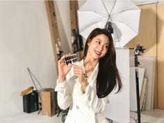 Seolhyun, Nayeon, Selfie, Instagram, Bias Wrecker, Wood Working, Target, Woodworking, Wood Crafts