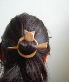 cat shawl pin by theancientmuse on Etsy, $30.00.