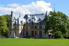 Louvre, Mansions, House Styles, Building, Travel, Home Decor, Places Worth Visiting, Vacation Travel, Switzerland