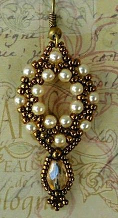 Linda's Crafty Inspirations: Free Beading Tutorial - Crystal Earring Drop