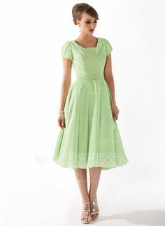 Corte A/Princesa Escote Cuadrado Hasta la rodilla Chifón Vestido de madrina con Volantes Bordado (008005918)