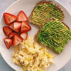 Conseils fitness en nutrition et en musculation. Healthy Meal Prep, Healthy Breakfast Recipes, Healthy Snacks, Healthy Eating, Healthy Recipes, Fast Healthy Meals, Vegetarian Meal, Salad Recipes, Food To Gain Muscle