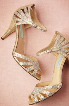 gold comfortable wedding shoes