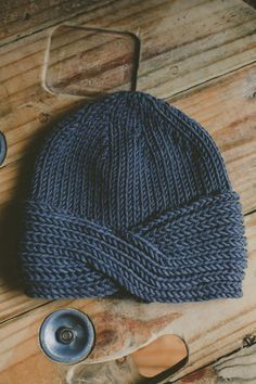 Ravelry: Morocco hat & Headband pattern by Jo Storie A Turban twist, ribbed hat and headband. Crochet Headband Pattern, Knitted Headband, Crochet Yarn, Knitted Hats, Braid Headband, Crochet Headbands, Knitting Blogs, Knitting Yarn, Knitting Projects