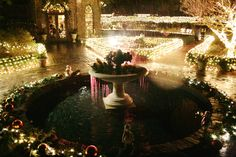 Eliz. Gard. Courtyard Fountain/Winterlights display at the Elizabethan Gardens in Manteo, NC.