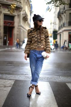 The Gift of Style: How to Rock Sunglasses in Winter #blogger #winter #autumn #street #style #trend #sunglasses