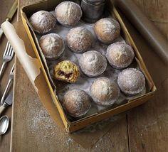 doughnut muffins (baked, not fried)