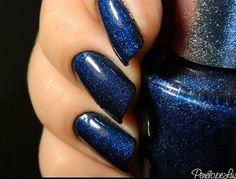 Shades of Blue nails Glittery Nails, Glam Nails, Fancy Nails, Pretty Nails, Opi Blue Nail Polish, Manicure Images, Navy Blue Nails, Dark Blue Hair, Sky Nails