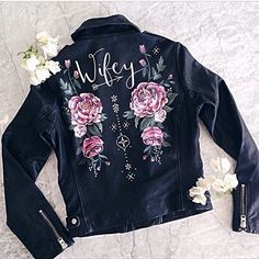 Rock your wedding with a cool leather jacket