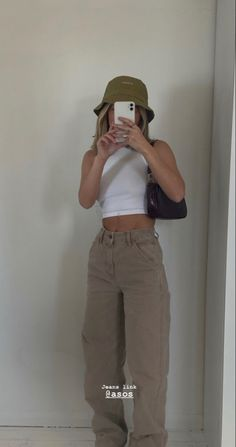 Indie Outfits, Teen Fashion Outfits, Retro Outfits, Cute Casual Outfits, Girl Outfits, Style Fashion, Mode Indie, 00s Mode, Looks Pinterest