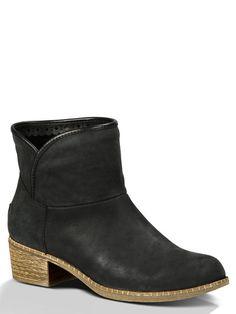 Ugg Australia Darling Ankle Boots Black  - CureUK.com