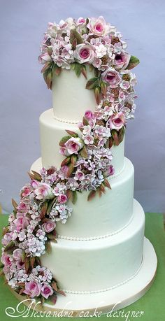 Wedding cake roses and hydrangeas. by Alessandra Cake Designer, via Flickr