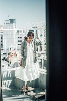 堀田 茜の2019春の私服は、大人シンプル&エフォートレスが気分! White Dress, Stylish, Coat, How To Wear, Dresses, Women, Fashion, Vestidos, Moda