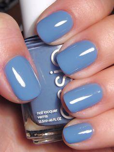 "Essie ""lapiz of luxury"". #essie #nails #spring"