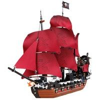 Wish | 3D Building Blocks Pirates Ship Model Building Kit Set Blocks Brick Children Learning Toy Adult Collection Model( Without Original Box) (Color: Red)