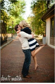 5 Tips for Your Engagement Pictures