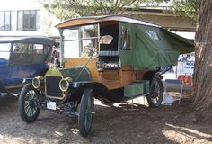 classic camper by Lou the Lou, via Flickr