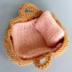 Tiny Baby Doll in a Basket Crib Knitting pattern by Dollytime – Knitting Patterns Toys Baby Knitting Patterns, Love Knitting, Knitted Doll Patterns, Christmas Knitting Patterns, Arm Knitting, Double Knitting, Baby Patterns, Crochet Patterns, Knitted Dolls Free