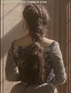 Queen Anne Boleyn Henry Viii, Anne Boleyn, Queen Anne, Off Shoulder Blouse, Women, Fashion, Moda, Fashion Styles, Fashion Illustrations