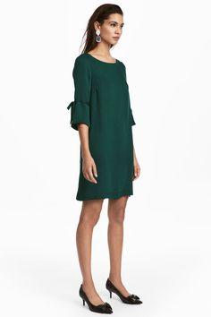 Robe en satin - Vert foncé - FEMME | H&M FR 1