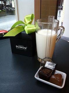 Hot chocolate by Dumon チョコレート (ベルギー)