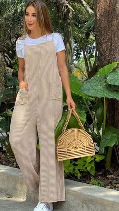 Cute Spring Outfits, Cute Casual Outfits, Simple Outfits, Casual Chic, Casual Wear, Moda Chic, Jumpsuit Outfit, Couture, Casual Looks