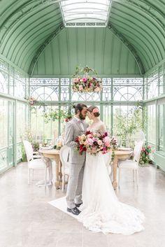 Luxury Greenhouse Wedding Atlanta Wedding Photographer 2400 on the Atlanta Wedding Venues, Luxury Wedding Venues, Rustic Wedding Venues, Wedding Trends, Wedding Beauty, Wedding Day, Wedding Poses, Spring Wedding, Wedding Reception