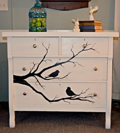 MAKE IT LOOK FABULOUS!: Homemade chalk paint and birds and branches chest