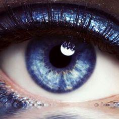 Elizabeth Taylor Violet Blue Eyes  ✿ڿڰۣ(̆̃̃ ❤✿ڿڰۣ(̆̃̃ ❤✿ڿڰۣ(̆̃̃ ❤✿ڿڰۣ(̆̃̃ ❤