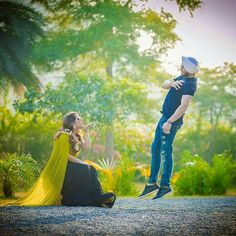 The idea is so cool Indian Wedding Couple Photography, Wedding Couple Photos, Romantic Wedding Photos, Couple Photography Poses, Photography Ideas, Pre Wedding Shoot Ideas, Pre Wedding Poses, Pre Wedding Photoshoot, Couple Photoshoot Poses