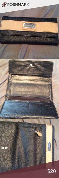 Nine West wallet Nine West wallet Nine West Bags Wallets