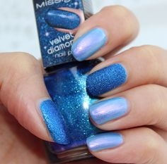Misslyn Velvet Diamond Nail Polish 85 Royal Blue & Rival de Loop -Special Effect -Satin 06 http://www.talasia.de/2015/08/31/nails-misslyn-velvet-diamond-nail-polish-85-royal-blue/