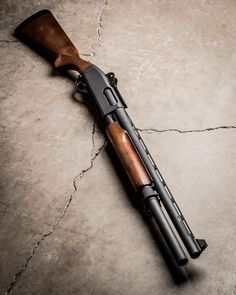 Ремингтон 870 / Vang Comp Remington 870 with ribbed ventilated barrel, wood furniture, and 3 round extension tube. Good home defense fighting tool.