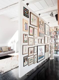 Grant & Mark Transform a Neglected House House Tour floating wall + gallery 15 Homey Rustic Living Room Designs Modern Home Design Free Standing Wall, Divider Design, Floating Wall, Cool Ideas, Bar Ideas, Creative Ideas, Creative Design, Deco Design, Design Design