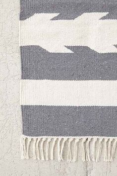 4040 Locust Washed ArrowWoven Rug - Urban Outfitters