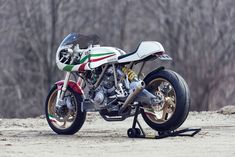 The Ducati Leggero series of custom performance motorcycles by iconic builder Walt Siegl are a function-first example of what can be…