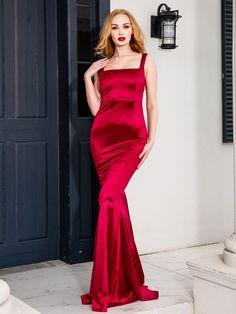 Burgundy Black Square Collar Satin Train Mermaid Sleeveless Tank Evening Floor Length Dress | Uniqistic.com