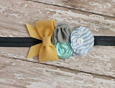 not a big fan of the mustard with blue and grey but cute Diy Baby Headbands, Lace Headbands, Diy Headband, Baby Bows, Felt Flowers, Fabric Flowers, Diy Hair Accessories, Little Girl Hairstyles, Baby Crafts