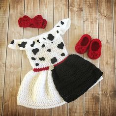 shop: Cruella de Vil Inspired Costume/Crochet Princess Cruella de Vil Dalmatians Inspired Photo Prop Newborn to 18 Months- MADE TO ORDER Excited to share this item from my Crochet Princess, Baby Girl Crochet, Crochet Baby Clothes, Newborn Crochet, Crochet For Kids, Crochet Baby Outfits, Crochet Halloween Costume, Crochet Baby Costumes, Crochet Amigurumi
