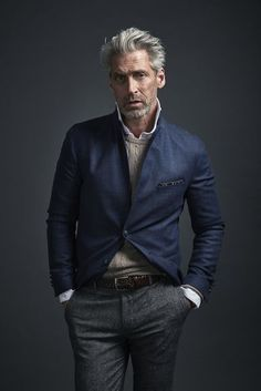 Casual classy mens style for every day /// Fashion Moda, Suit Fashion, Fashion Outfits, Sharp Dressed Man, Well Dressed, Business Casual Men, Men Casual, Mature Mens Fashion, Mode Man