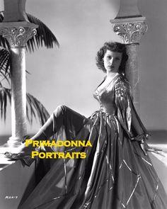 MAUREEN O'HARA 8X10 Lab Photo B&W 1952 SEXY ELEGANT SHIMMERING GOWN PORTRAIT