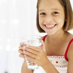 During the summer, it's more important than ever to stay hydrated.  Kid Kulinaire Columnist and Resident Teen, Adam Hebe, shares a quick tip on how much water you need and why.  http://kidkulinaire.com/school/blog/item/250-teen-advice-staying-hydrated