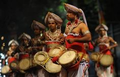 Visit Kandy for its festival!