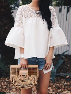 Just Pinned to Fashionista: DTKAustin shares why she has always loved G Shock watches by Casio and why you need to invest in one for your summer wardrobe. Spring Fashion Trends, Women's Summer Fashion, Trendy Fashion, Womens Fashion, Style Fashion, Trendy Style, Mom Outfits, Spring Outfits, Trendy Outfits