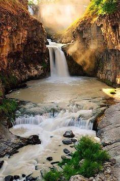 Morning Sunlight at White Waterfalls, Oregon.