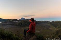 Indonesien ist ein riesiger Inselstaat und hat mehr als nur Bali und Strand zu bieten. Ich zeige dir 5 Gründe wieso sich eine Reise durch Java lohnt.