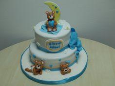 Tort de botez cu ursuleti teddy bear cake
