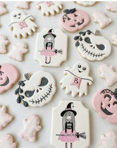 Halloween Birthday, Halloween Kids, Halloween Design, Birthday Ideas, Halloween Cookies, Halloween Treats, Royal Icing Cookies, Sugar Cookies, Cookie Designs