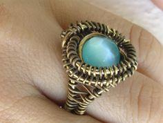 anello wire in ottone e perla occhio di gatta
